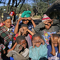 bushman-children-botswana