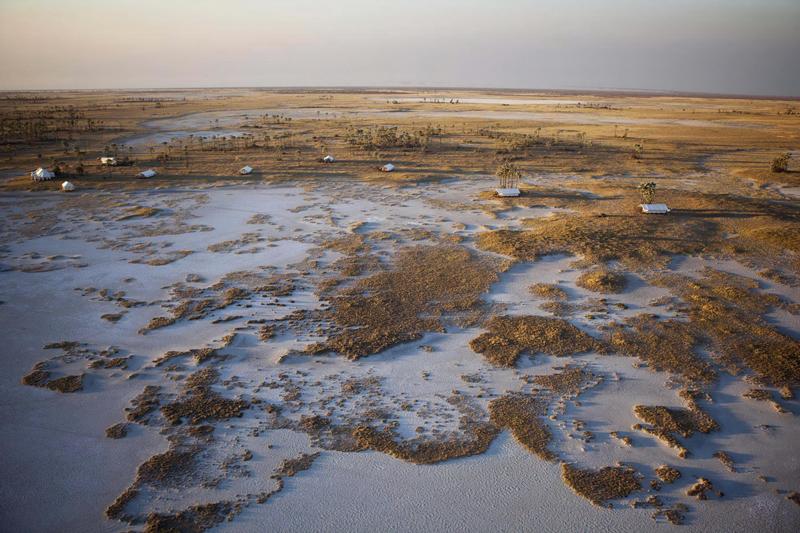 Safari Consultants, Botswana, San Camp