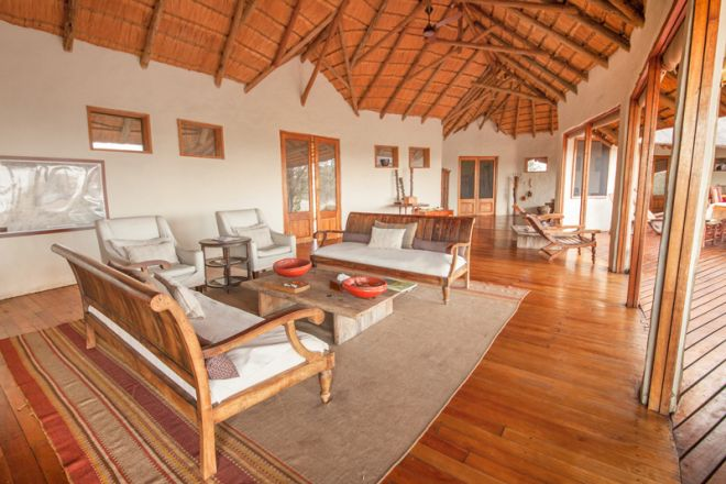 Tau Pan Camp, Botswana -Lounge