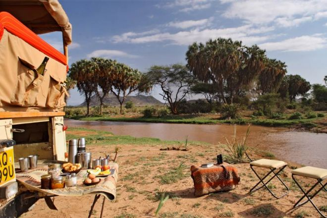 Saruni Samburu bush breakfast on river
