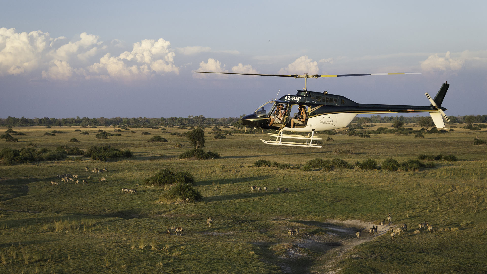 Safari from the Air helicopter horizons botswana