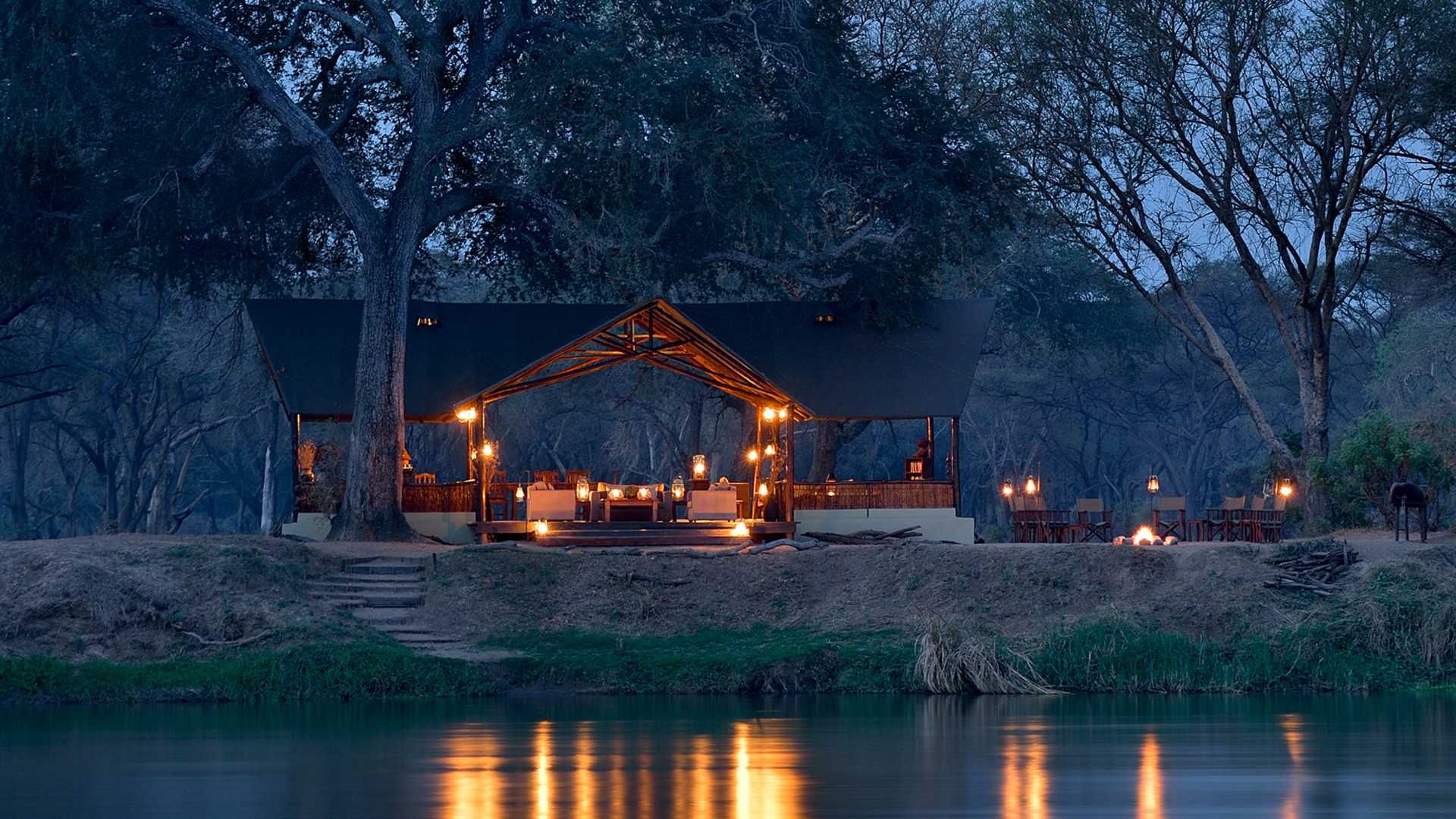 All About Safaris Accommodation bush luxury camp old mondoro main setting