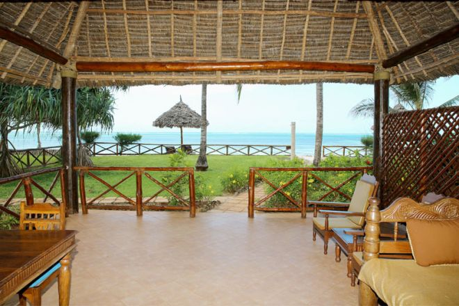 Bluebay Beach Resort & Spa sultan suite view