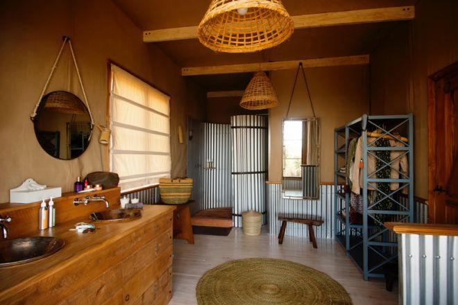 Entamanu Ngorongoro bathroom
