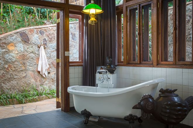 Gibbs Farm Bustani House bathroom