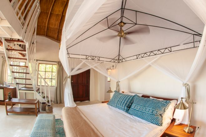 Kafunta River Lodge Luxury Suite Bedroom