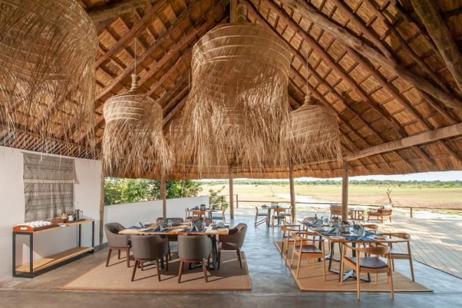 Kafunta River Lodge Dining Room