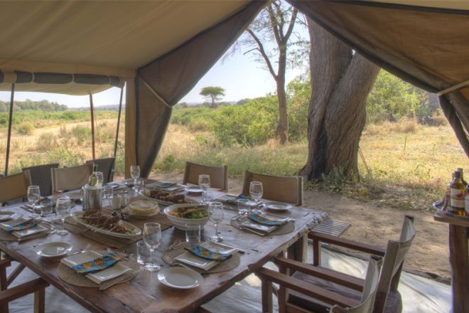 Kichaka Expeditions frontier dining