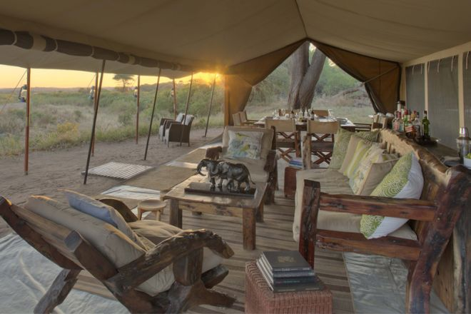 Kichaka Expeditions frontier lounge and dining