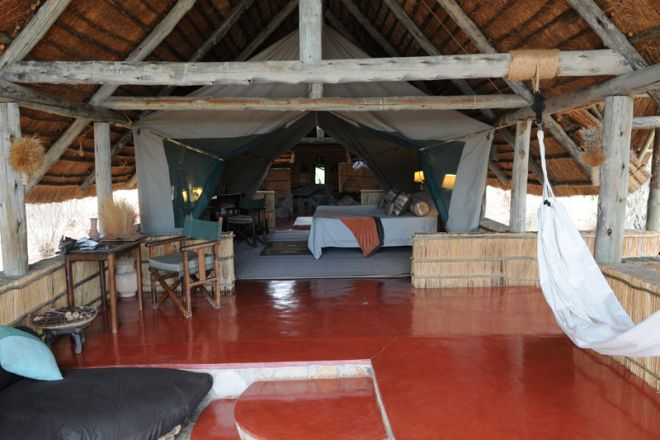 Mwagusi Safari Camp banda interior