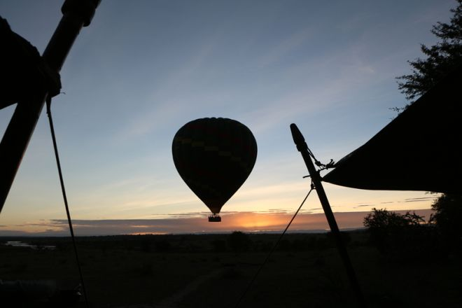 Olakira Migration Camp hot air balloon