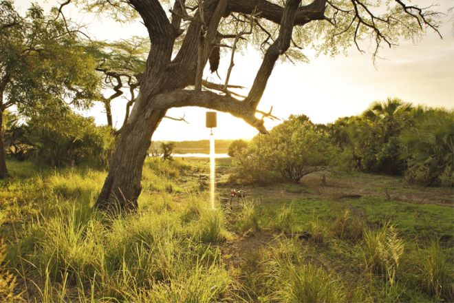 Roho ya Selous fly camping outdoor shower