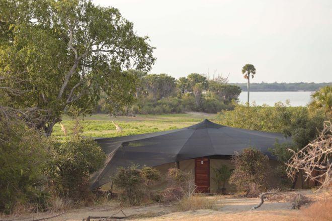 Roho ya Selous tent setting