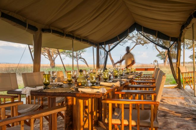 Serengeti Safari Camp dining