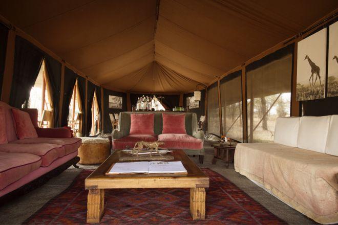 Serian Serengeti Kusini Lamai Camps lounge tent