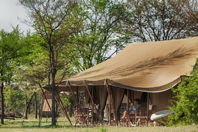 Serian Serengeti North Camp main tent exterior