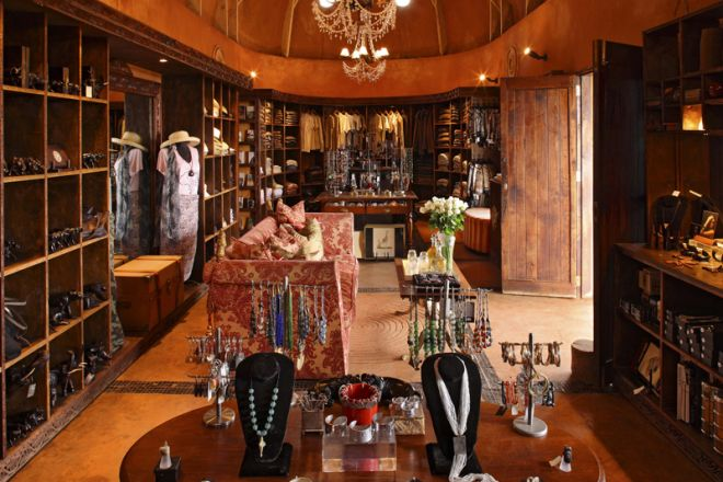 &Beyond Ngorongoro Crater Lodge boutique