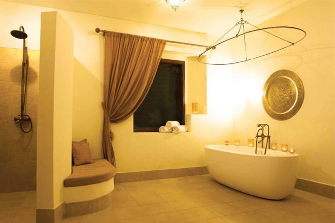 Baraza Resort & Spa bathroom