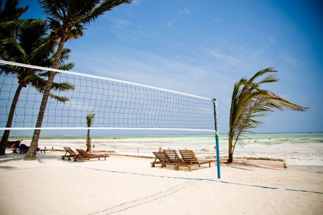 Bluebay Beach Resort & Spa volleyball