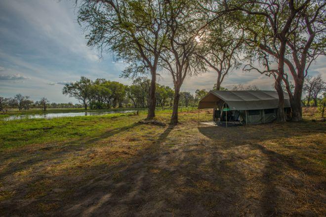 Golden Africa Safaris Tent Setting