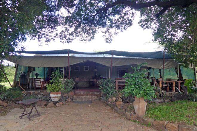 Kicheche Mara Camp Bar Dining Exterior