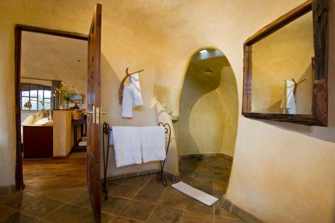lewa-house-bathroom-1