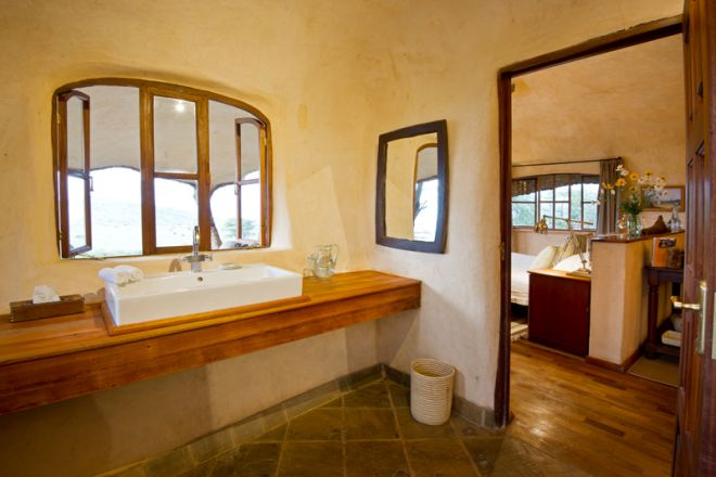 lewa-house-bathroom-2