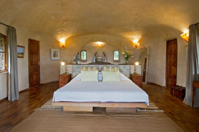lewa-house-bedroom