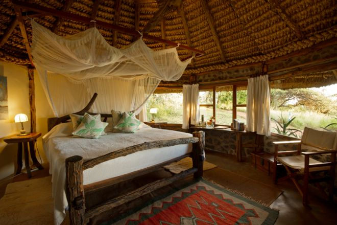 lewa-house-family-main-bedroom