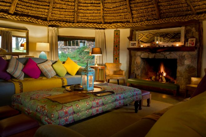 lewa-house-lounge-and-fireplace