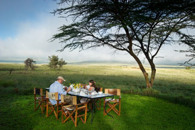 lewa-house-outdoor-dining
