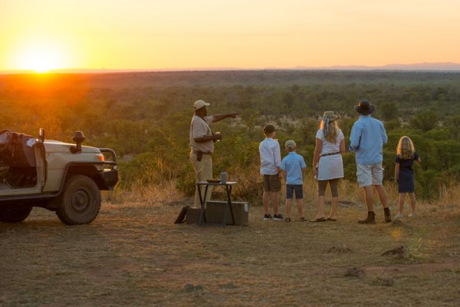 Luangwa Safari House Sundowners