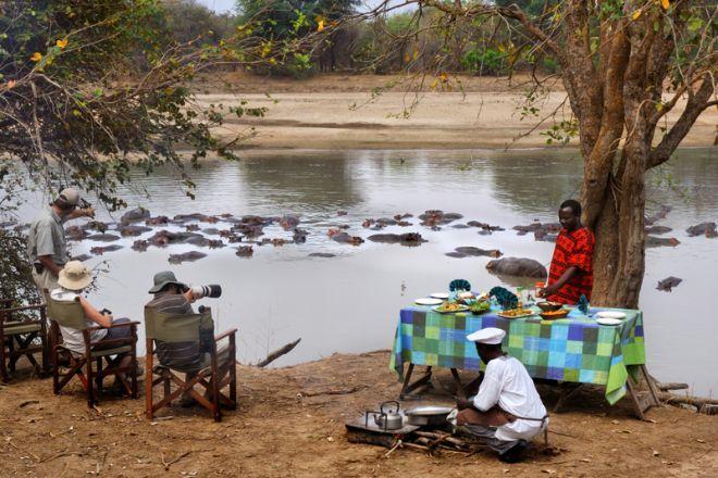 Mwaleshi Camp Bush Breakfast