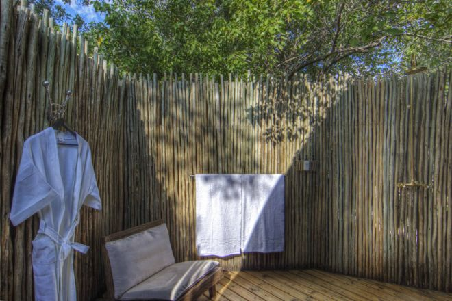 Okuti Camp Outdoor Shower