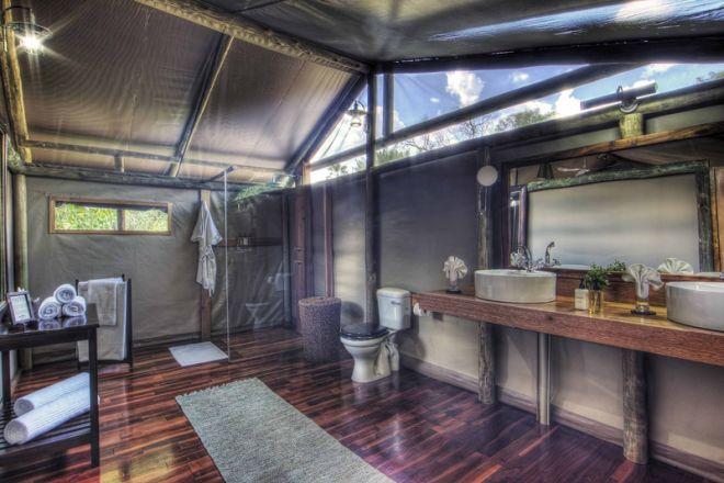 Shinde Camp & Enclave Bathroom