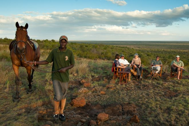 Sosian sundowners and horse
