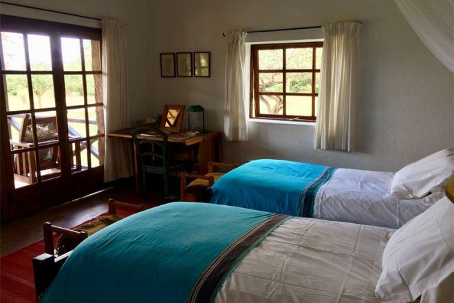 Sosian twin room