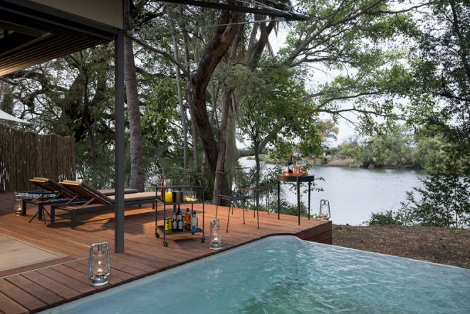 Thorntree River Lodge Room Deck