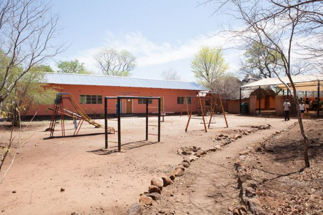 Tongabezi Lodge Tujatane Trust School