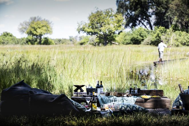 Vumbura Plains Picnic Mokoro