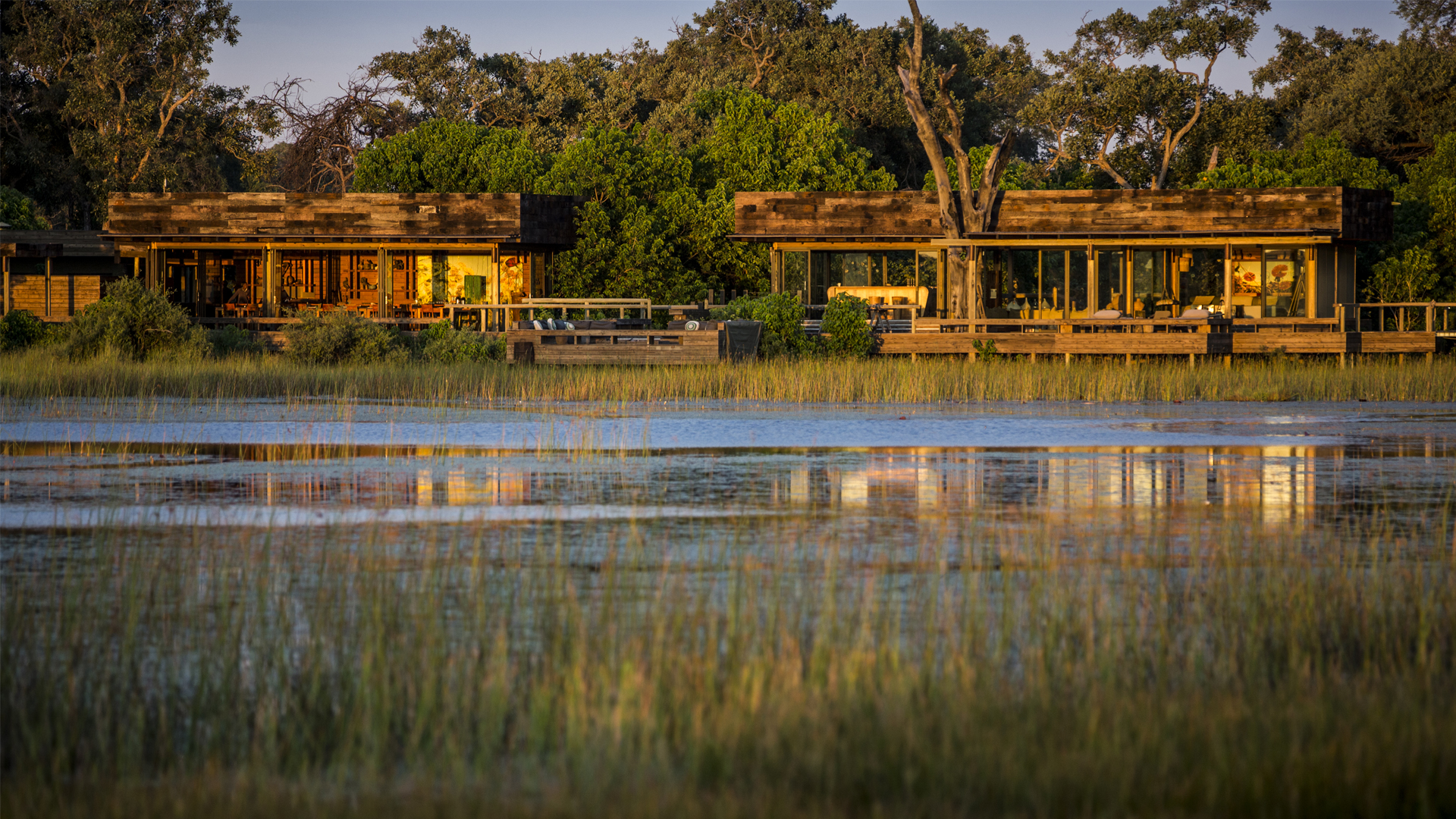Botswana Accommodation Vumbura Plains North Camp close
