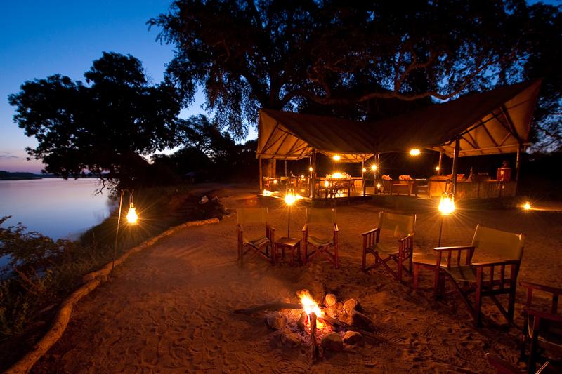 accommodation on safari old mondoro fire pit