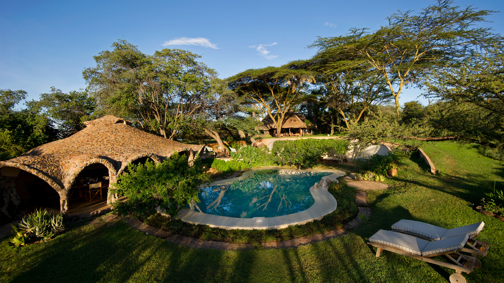 Lewa House header