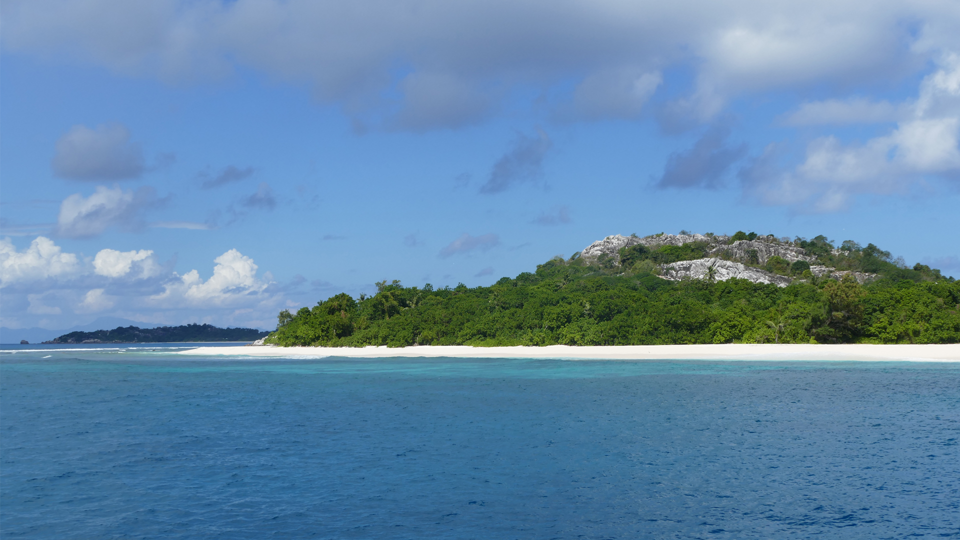 seychelles landing page header