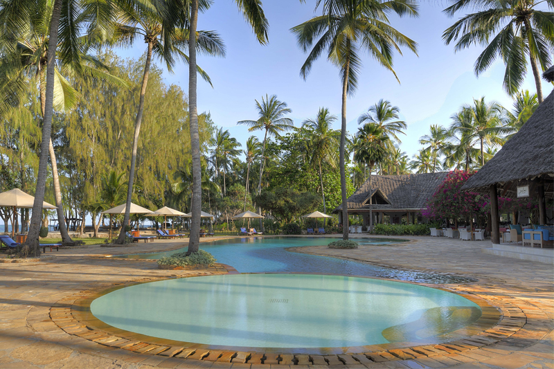 Bluebay Beach Resort & Spa pool thumbnail