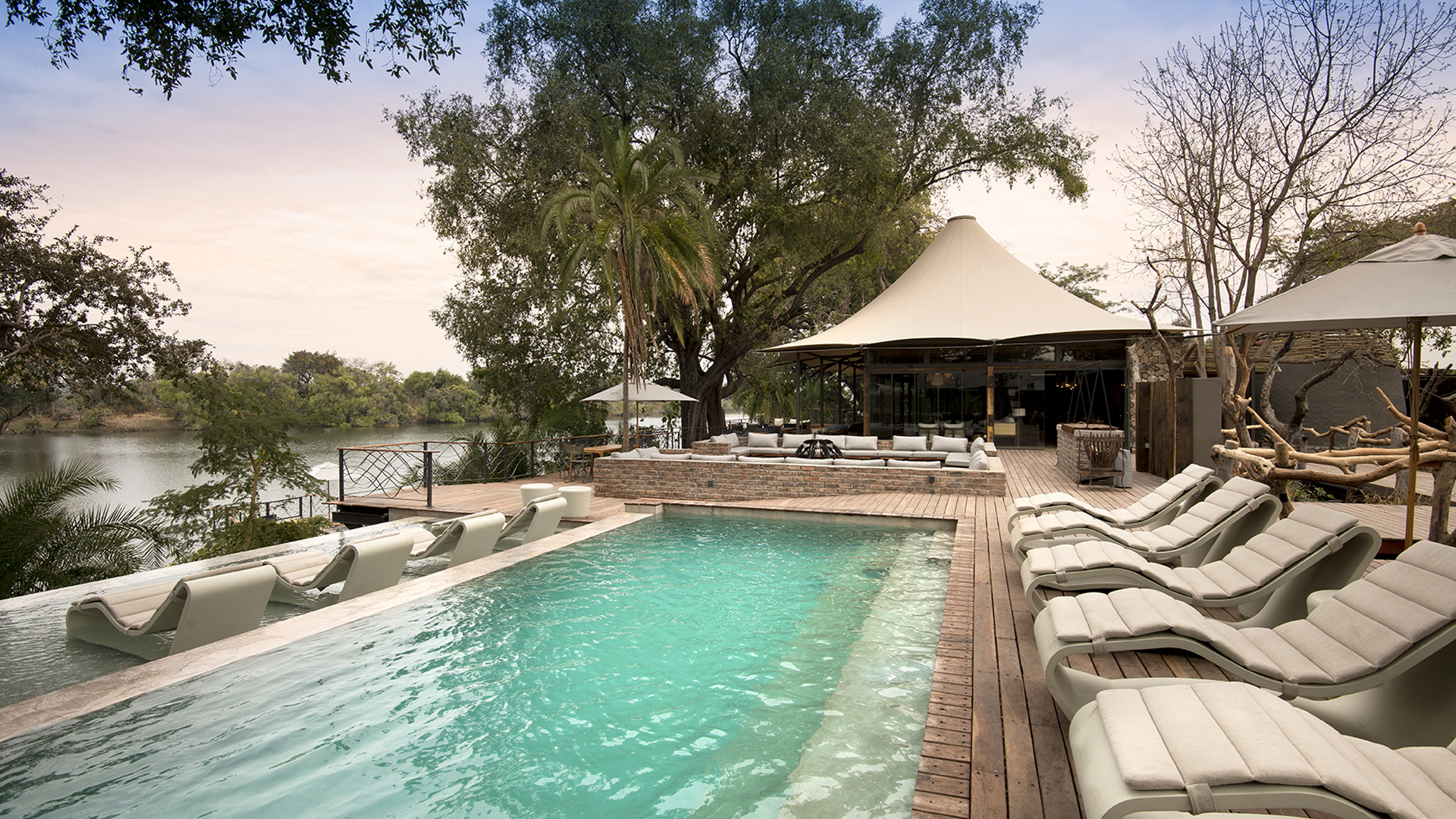 thorntree river lodge header