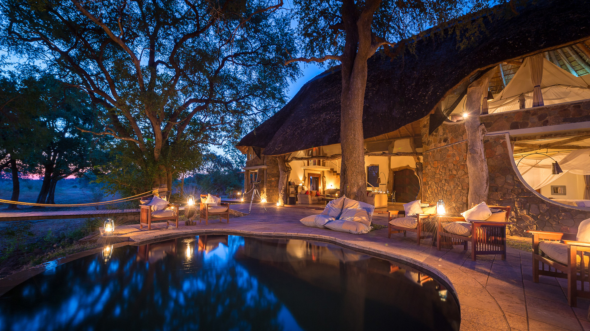 NEW-MAIN-Luangwa-Safari-House-pool-header